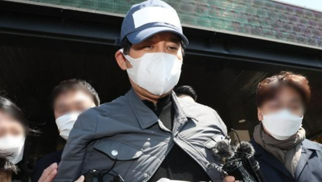 김봉현 보석에 검찰 항고…술 접대 사건은?