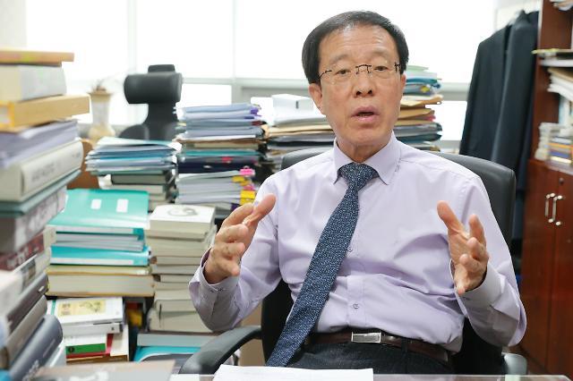 [단독] 이석연 본회의 통과 직후 언론중재법 헌법소원 직접 내겠다
