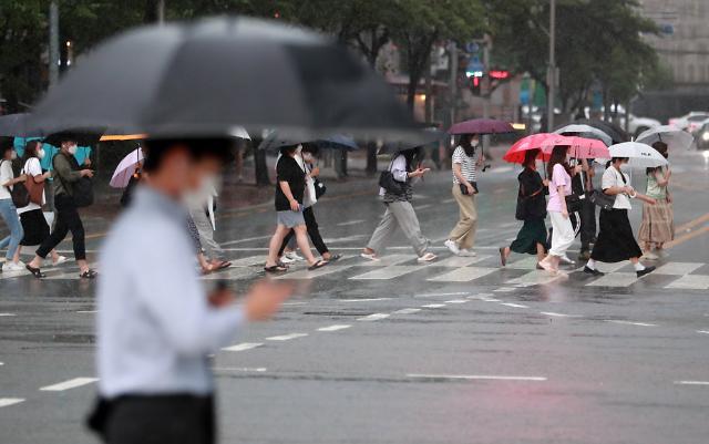 [내일날씨] 내일까지 중부·전북·경북권 시간당 최대 70㎜ 폭우