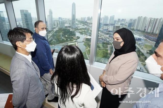"""인천경제청, """"바레인 하원의장, 개발경험·스마트시티 벤치마킹 위해 방문"""" 밝혀"""