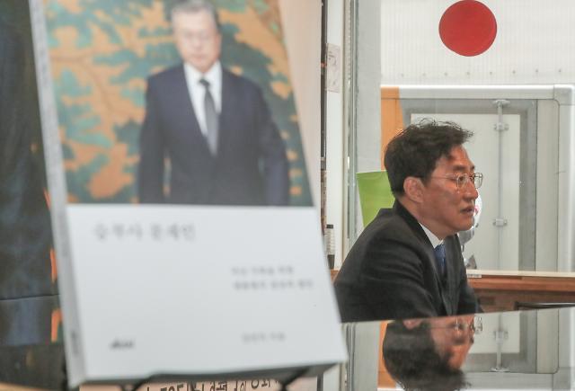 """문대통령, 작년 광화문집회 후 확진자 폭증에... """"몇명이 깽판"""""""