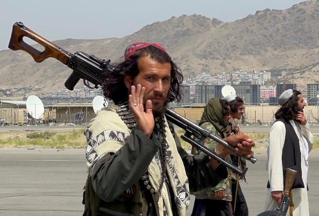 미군 떠난 아프가니스탄 카불 공항, 국내선 재개