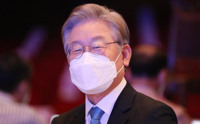 [포토] 이재명 충북·세종 민주당 순회 경선 1위