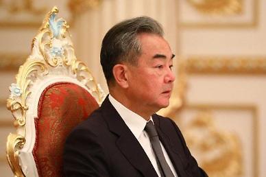 중국 왕이 내주 초 방한...부담 커진 韓 줄타기 외교