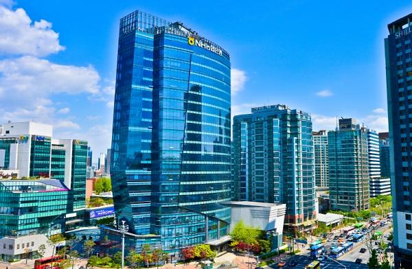 농협·신한은행, 빗썸·코인원·코빗과 실명계좌 계약 연장…신고 초읽기