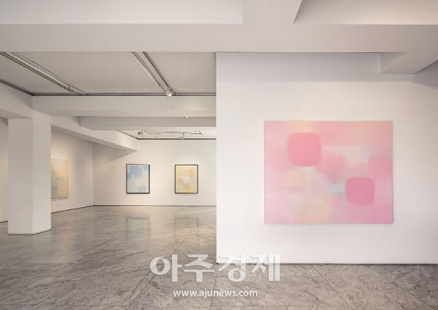 한국 기하 추상 대표하는 서승원 작가 전시 '동시성-무한계'