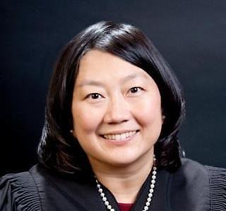 拜登提名首位韩裔女性为联邦法院法官