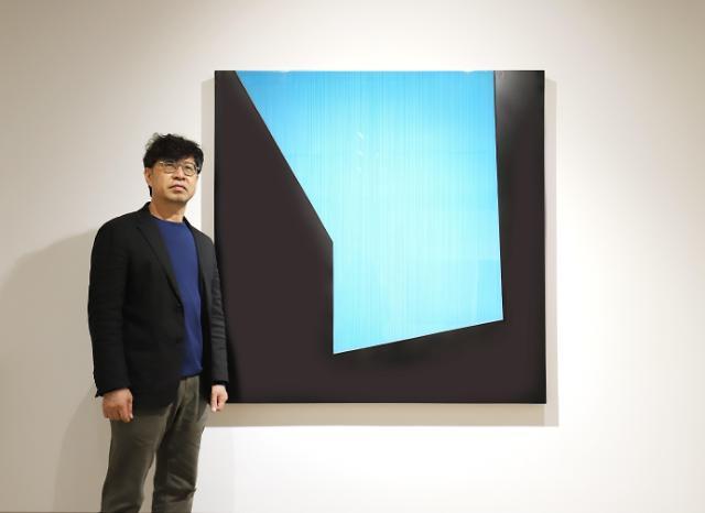 """김현식 작가 """"대상 아닌 선과 선 사이 공간 표현했다"""""""