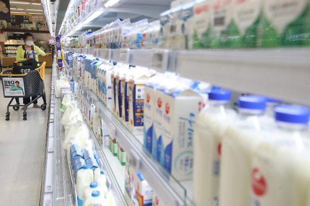 [우윳값 전쟁] 세계서 가장 비싼 우유 먹는 한국인...치솟는 가격 잡힐까