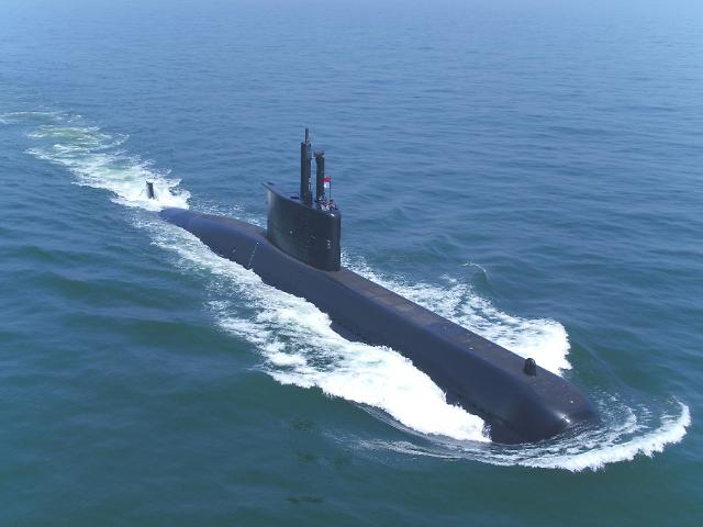 Daewoo shipyard wins defense contract to build second 3,600-ton diesel-electric submarine