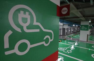 중국, '차량용 반도체값 인상' 업체 3곳에 벌금