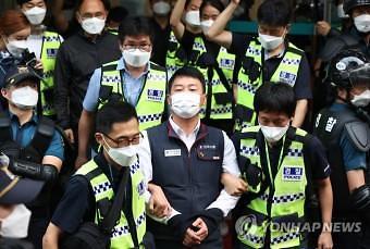 [김낭기의 관점]민노총 위원장 구속에 경찰 3000명이 동원돼야 하는 나라