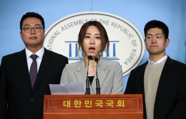 [이것이 대선이다] 미스터리 尹고발사주 4대 의혹…15개월 뭉갠 조성은, 갑자기 왜?