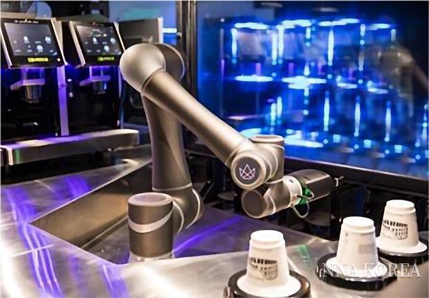 크라운 테크놀로지, 바리스타 로봇 '엘라'