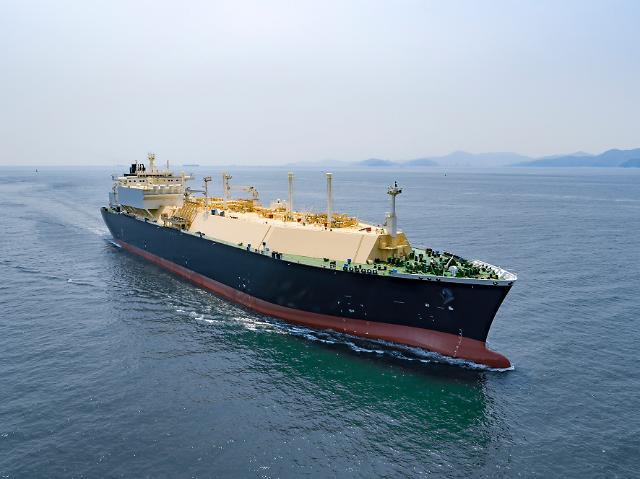 K조선 글로벌 1위 수성…고부가·친환경 선박으로 재편