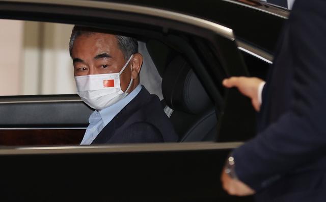 文, 오늘 中왕이 접견…북·미 대화 재개 협조 요청하나