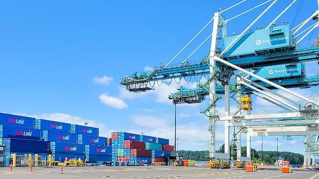 SM상선, 국내 기업 수출지원 위해 17번째 임시선박 투입