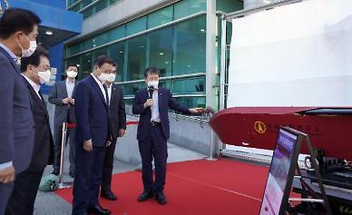 """文, SLBM 발사 성공에 """"예정된 계획…北 도발에 언제든 대응"""""""