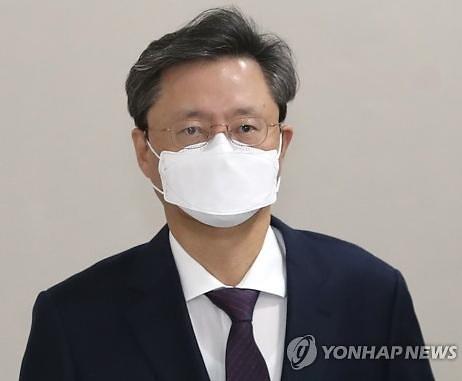 '불법 사찰' 우병우, 징역 1년 확정
