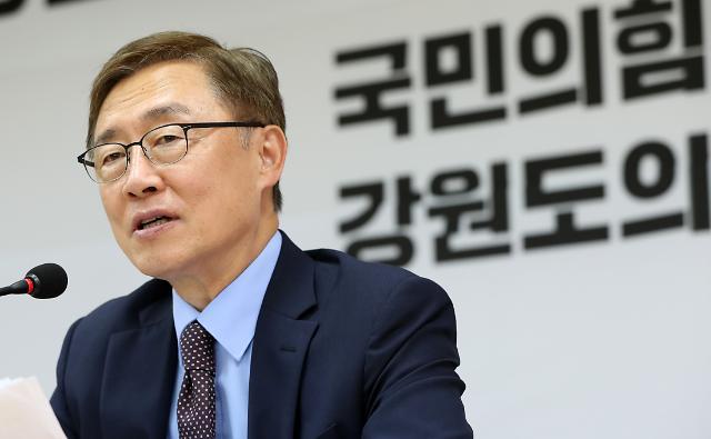 """최재형 """"상속세 전면 폐지""""…캠프 해체 후 '강수'"""