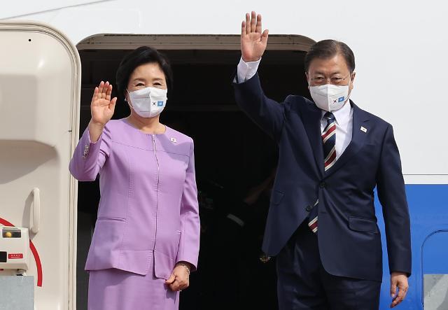[포토] 문재인 대통령, 제76차 유엔총회 참석 위해 출국