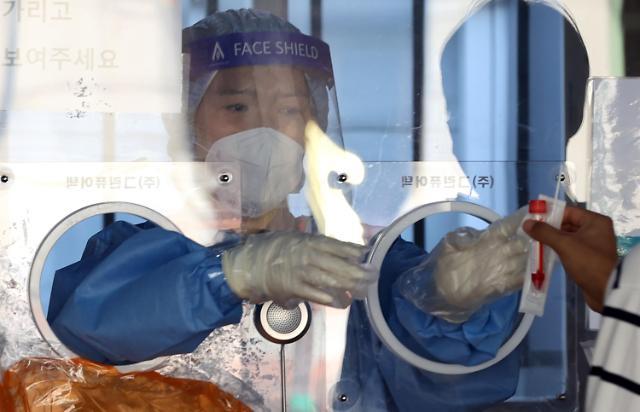 이틀간 코로나 백신 이상반응 4100여건 접수