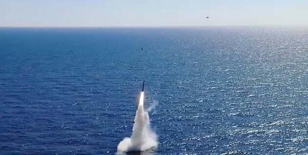 """北, 평가절하 韓 SLBM...""""비(非)핵탄두라면 필요성 재고"""""""