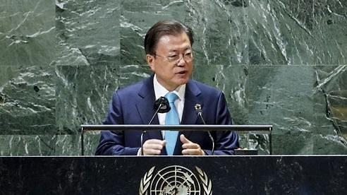 文, 유엔 사무총장과 면담…남북한 유엔 동시 가입 30주년 의미 평가