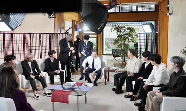 [포토] 문 대통령, BTS와 미국 방송 출연