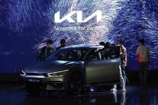 [시승기] 진화하는 전기차... 가장 최신 '이름값' 기아 'EV6'