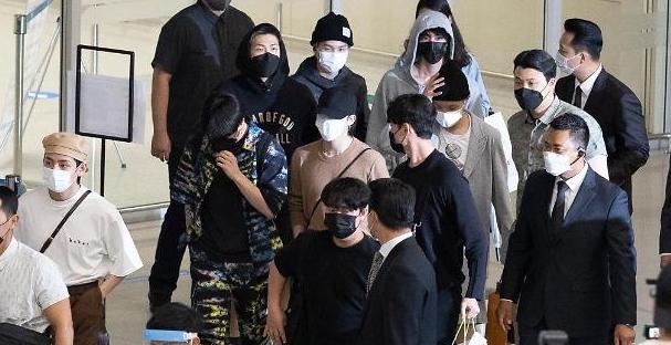 [슬라이드 화보] 방탄소년단, UN 연설·특사 활동 후 귀국