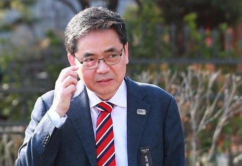 곽상도·김만배·이성문, 화천대유 성대 라인에 쏠리는 눈과 입