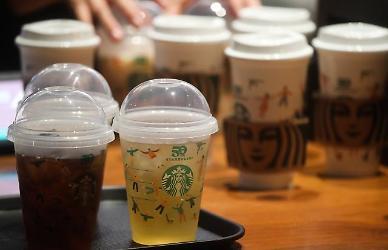 [아주 돋보기] 스타벅스 리유저블 컵 데이는 어쩌다 미운털이 박혔을까?