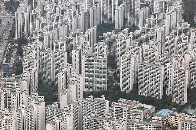 서울 평균 아파트값 12억원 눈앞…올해 1억5000만원 이상 올라