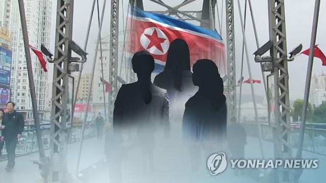 """북한 고위급 탈북자 """"90년대 청와대서 5~6년 근무"""" 주장"""