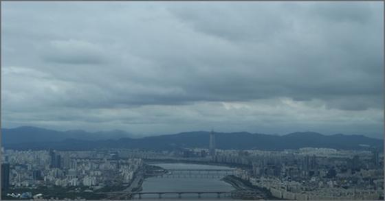 [내일 날씨] 아침기온 15도 안팎 '쌀쌀'...경상권은 새벽까지 '비'