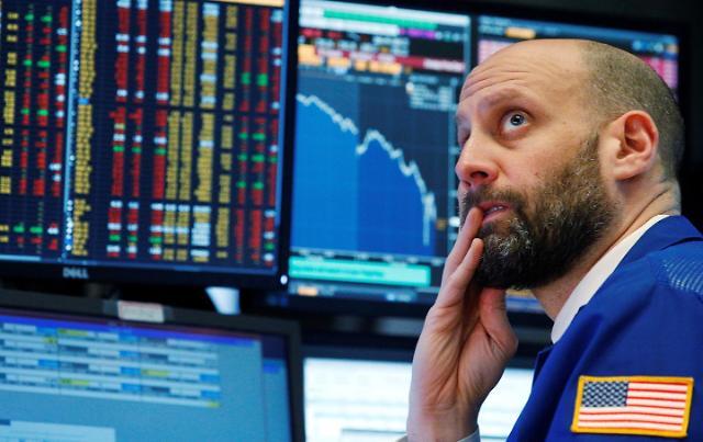[뉴욕증시 마감] 3거래일 연속 하락세...세계 경제 전망 둔화에 투심 위축