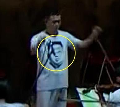北행사에 김정은 얼굴 티셔츠 등장...친밀감 강조 의도?
