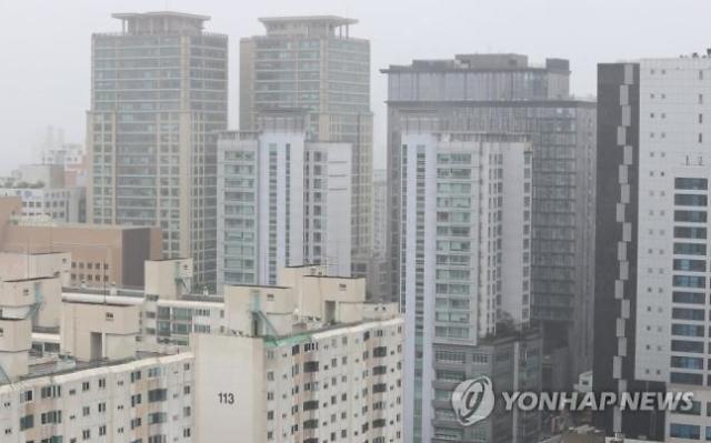 주담대 차주 44% 이중채무자…금리 상승 시 부실화 우려