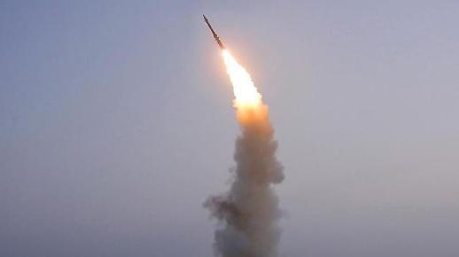 <简讯>韩联参:朝鲜向东海方向发射不明飞行体