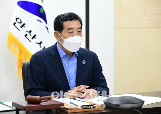 """윤화섭 시장, """"친환경 수소버스 환경보호에 큰 역할 할 것"""""""