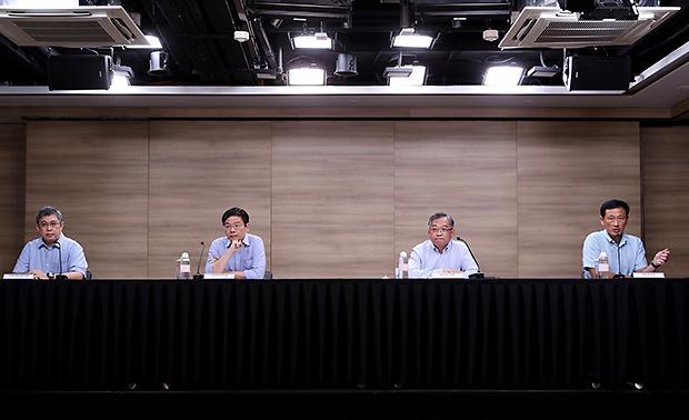 [NNA] 싱가포르, 전 근로자 백신 접종 의무화… 내년 1월부터 적용