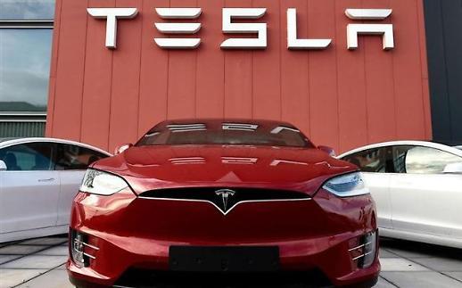 Tesla chính thức gia nhập câu lạc bộ nghìn tỷ đô…Vốn hóa lần đầu vượt mốc 1.000 tỷ USD
